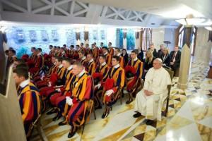 Papa Francesco_guardie-svizzere