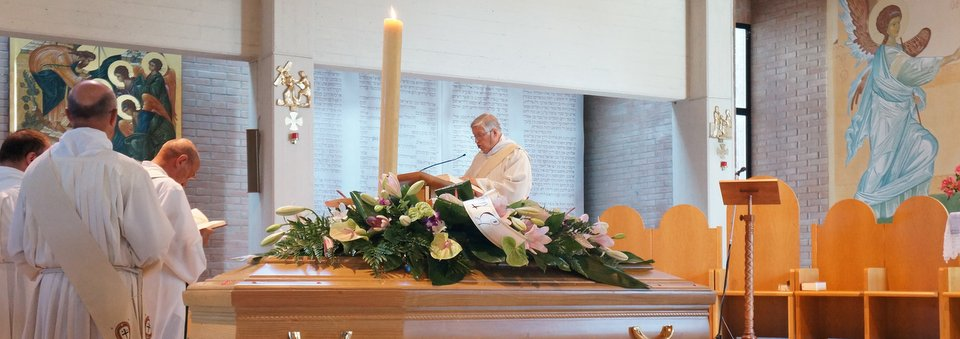 Ultimo saluto a nonna Pina nella messa alla dozza