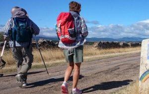 Pellegrinaggio a piedi_b